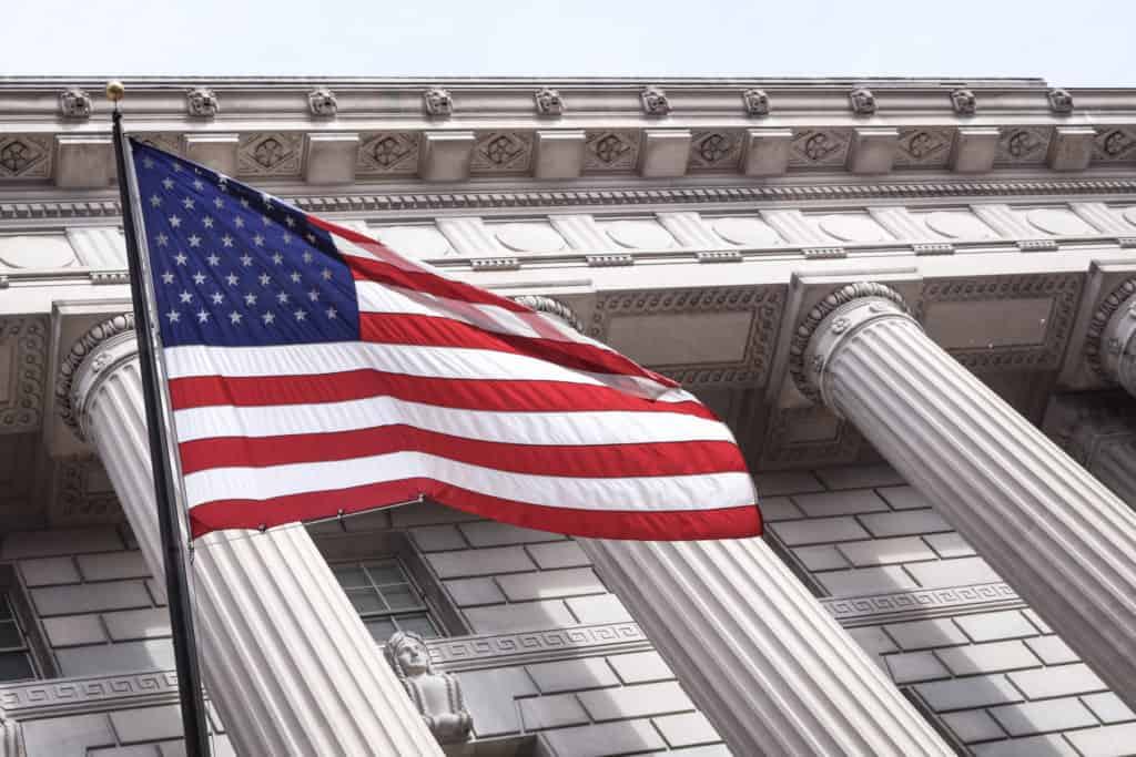 How to choose the right immigration attorney